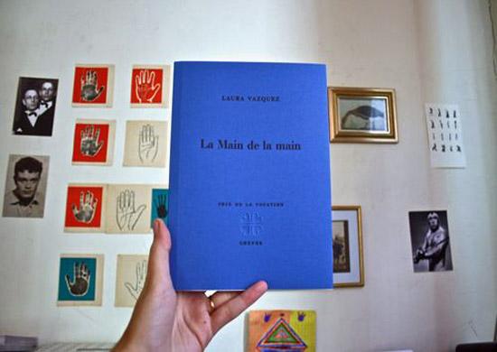 [Livre] Laura Vazquez, La Main de la main, par Jean-Paul Gavard-Perret